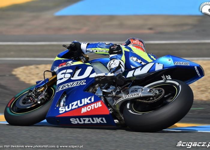 Suzuki Le mans wejscie w zakret