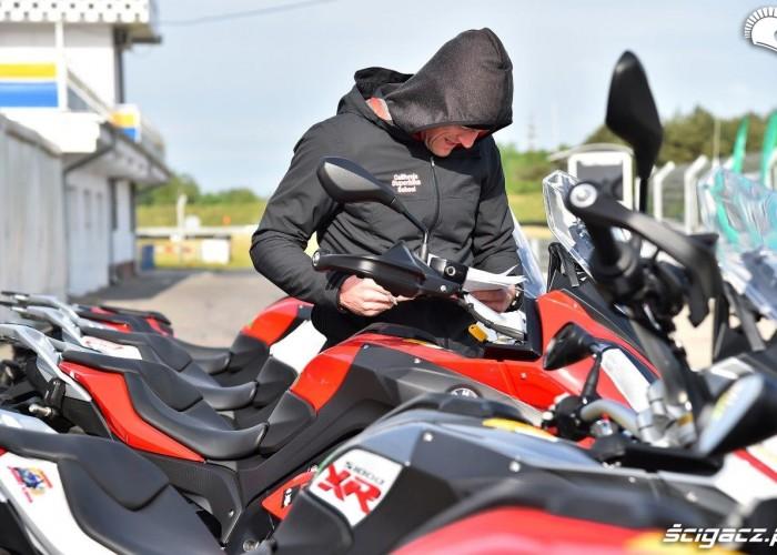 Przygotowanie California Superbike School Poznan