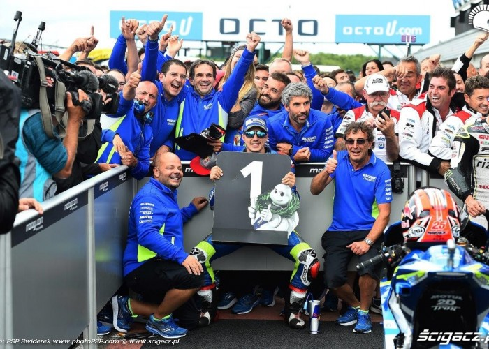 Vinales i team Great Britain GP 2016 Silverstone