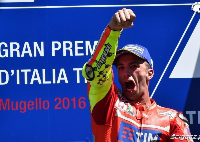 iannone podium motogp mugello 2016