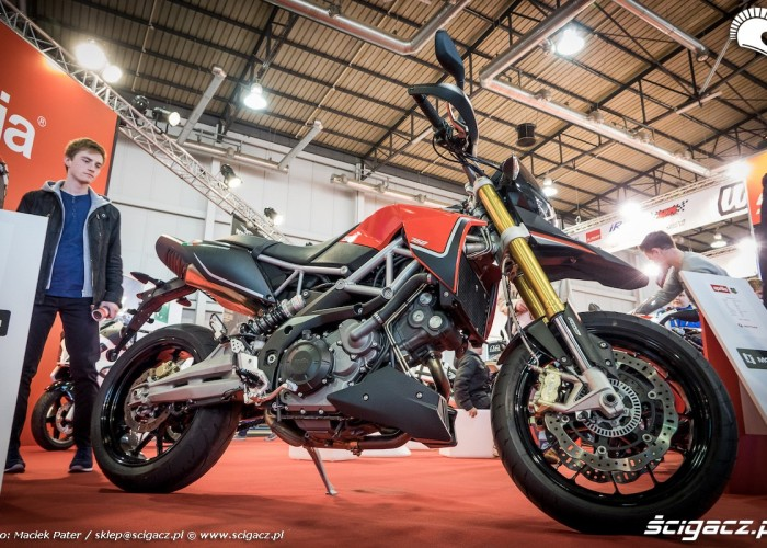 aprilia motor show 2016