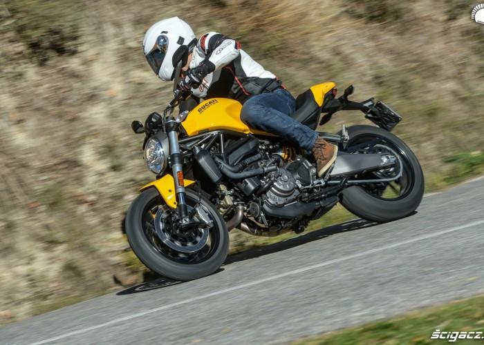 Ducati Monster 821 2018 22