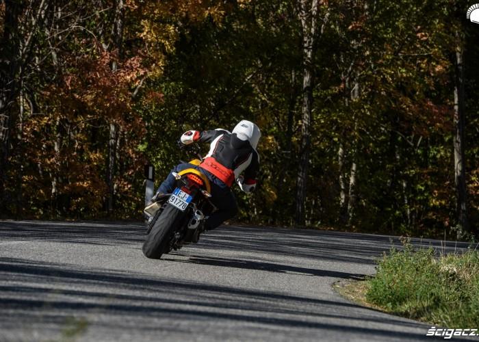 Ducati Monster 821 2018 31