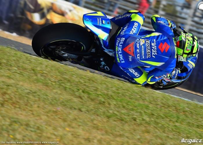 MotoGP Jerez Andrea Iannone 29 Suzuki wyscig 1