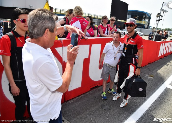 MotoGP Assen TT Motul Bruno Senna Mc Laren 4