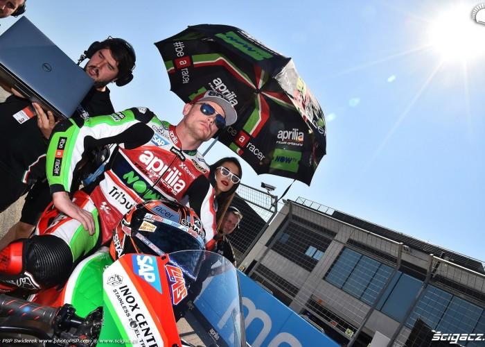 MotoGP Aragon Aprilia Gresini 22 Sam Lowes 15
