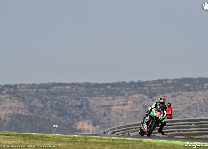 MotoGP Aragon Aprilia Gresini 22 Sam Lowes 17