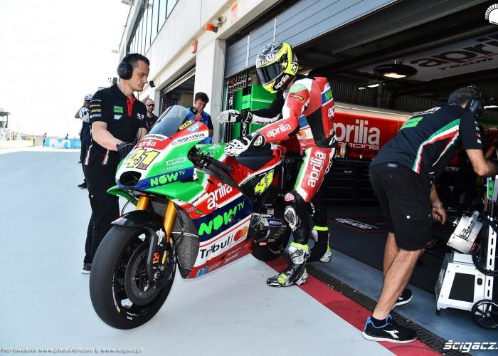 MotoGP Aragon Aprilia Gresini 41 Aleix Espargaro 11