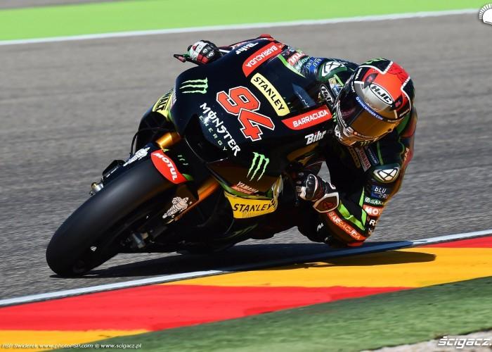 MotoGP Aragon Monster Tech3 Yamaha 94 Jonas Folger 11