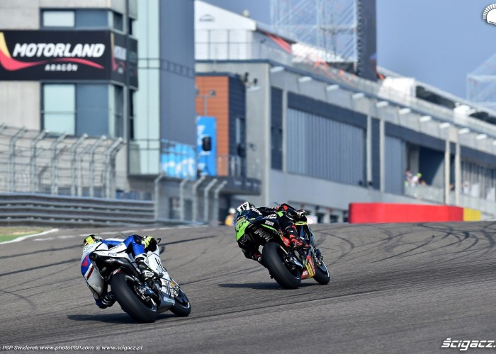 MotoGP Aragon Monster Tech3 Yamaha 94 Jonas Folger 8