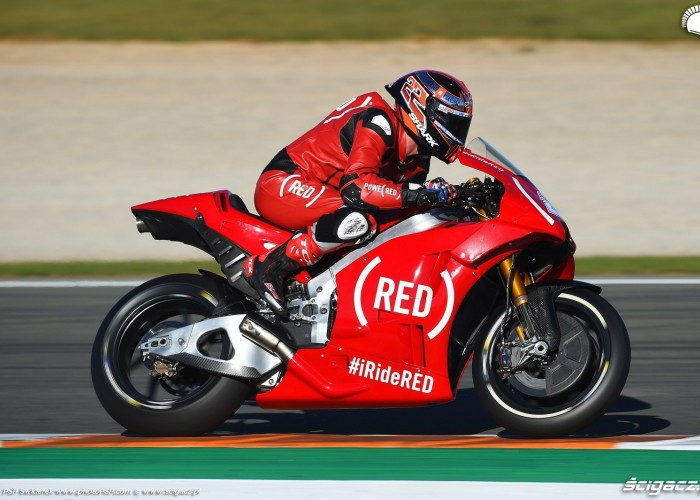 MotoGP Walencja 2017 22 Sam Lowes Aprilia Gresini 22