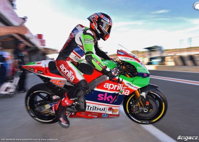 MotoGP Walencja 2017 22 Sam Lowes Aprilia Gresini 4