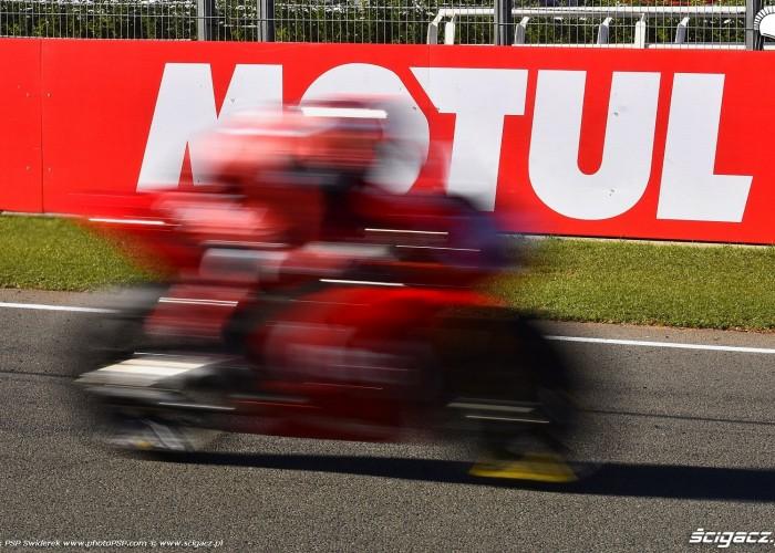 MotoGP Walencja 2017 22 Sam Lowes Aprilia Gresini 5