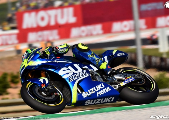 MotoGP Walencja 2017 29 Andrea Iannone Ecstar Suzuki 10