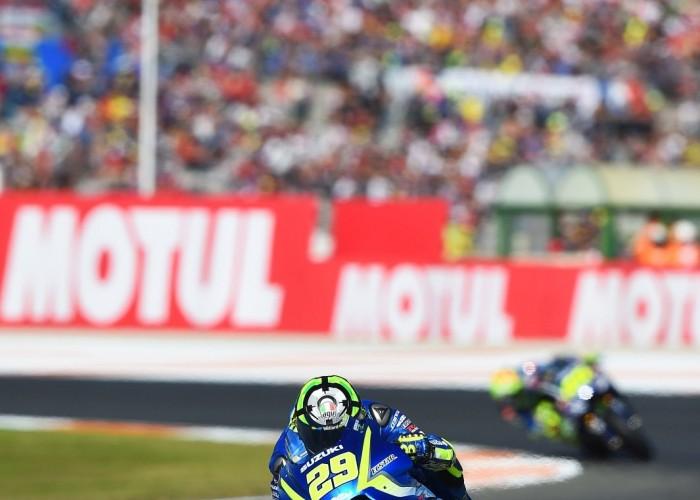 MotoGP Walencja 2017 29 Andrea Iannone Ecstar Suzuki 29