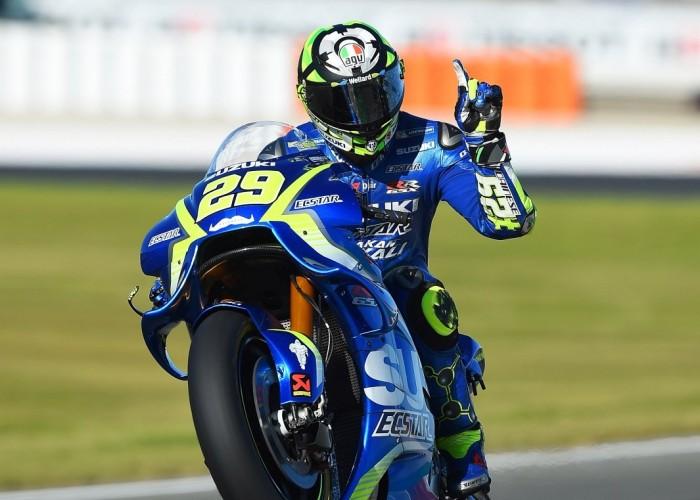 MotoGP Walencja 2017 29 Andrea Iannone Ecstar Suzuki 30