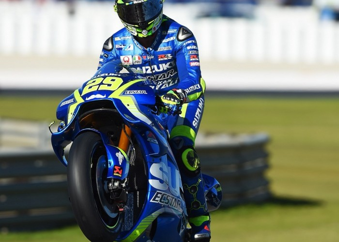 MotoGP Walencja 2017 29 Andrea Iannone Ecstar Suzuki 31