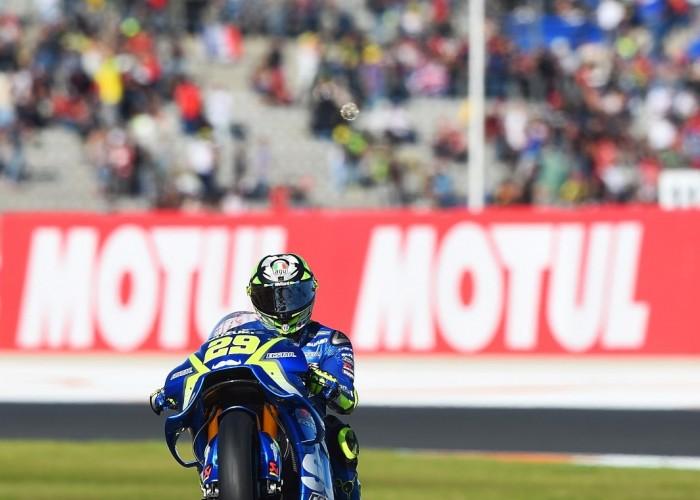 MotoGP Walencja 2017 29 Andrea Iannone Ecstar Suzuki 38