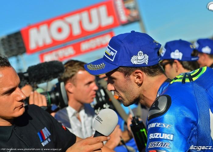 MotoGP Walencja 2017 29 Andrea Iannone Ecstar Suzuki 5