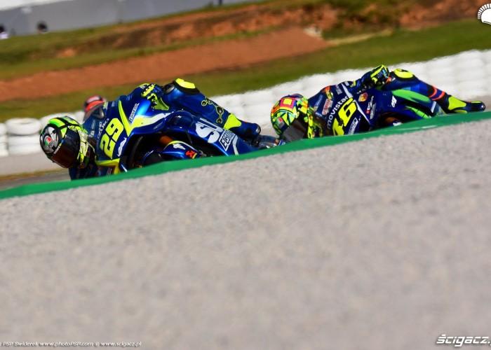 MotoGP Walencja 2017 29 Andrea Iannone Ecstar Suzuki 8