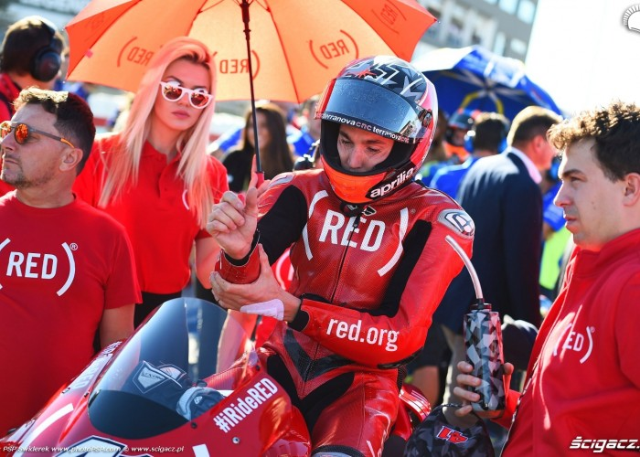 MotoGP Walencja 2017 41 Aleix Espargaro Aprilia Gresini 1