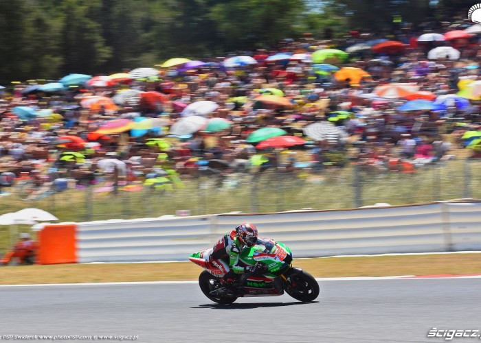 MotoGP Catalunya Aprilia 22 Sam Lowes 19