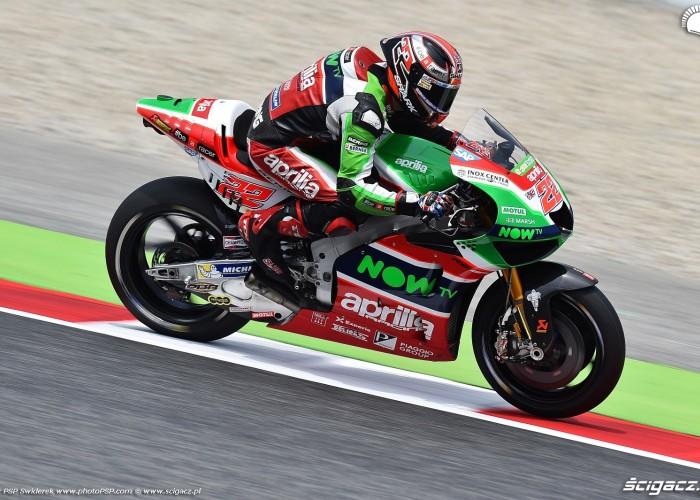 MotoGP Catalunya Aprilia 22 Sam Lowes 9
