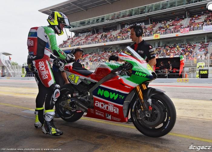 MotoGP Catalunya Aprilia 41 Aleix Espargaro 10