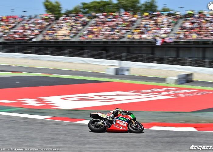 MotoGP Catalunya Aprilia 41 Aleix Espargaro 8