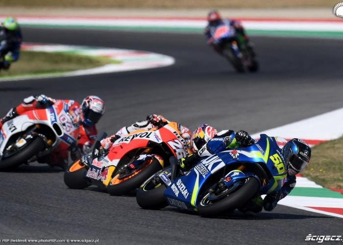 MotoGP Mugello 50 Sylvain Guintoli Suzuki 11