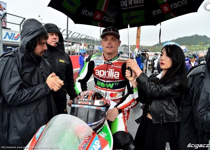 MotoGP Motegi Aprilia 22 Sam Lowes 13