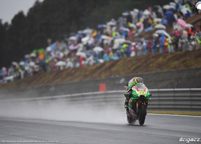 MotoGP Motegi Aprilia 41 Aleix Espargaro 10