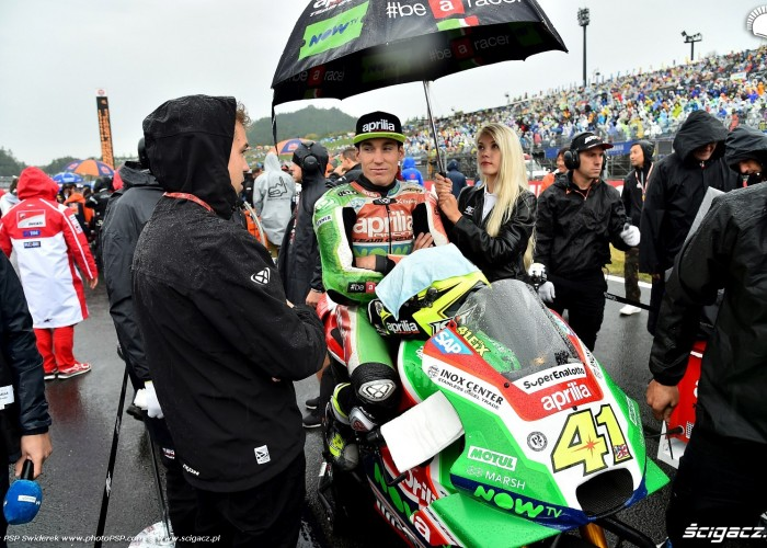 MotoGP Motegi Aprilia 41 Aleix Espargaro 11