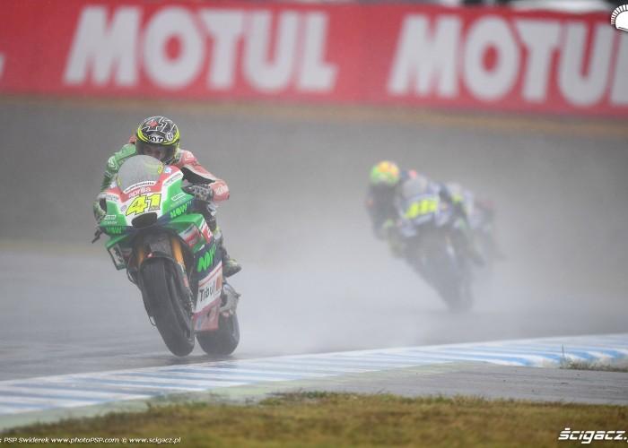 MotoGP Motegi Aprilia 41 Aleix Espargaro 13