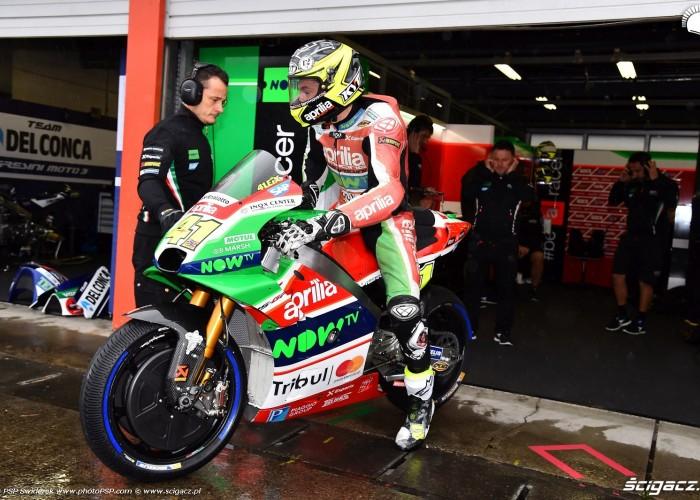 MotoGP Motegi Aprilia 41 Aleix Espargaro 6