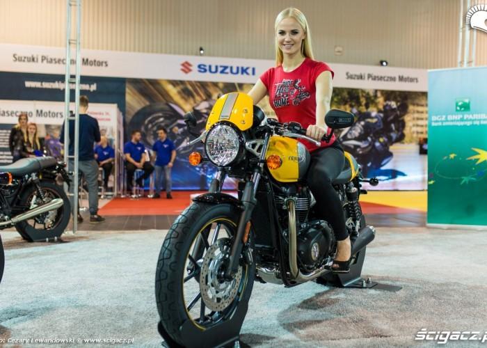 Blondynka Triumph 2017 Moto Expo 05
