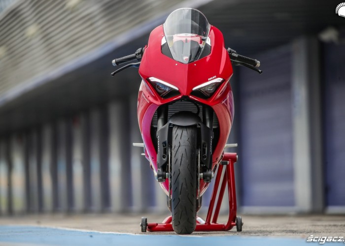 ducati panigale v2 front