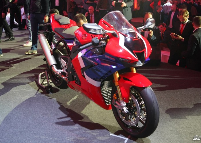 03 Honda CBR1000RR R EICMA 2019