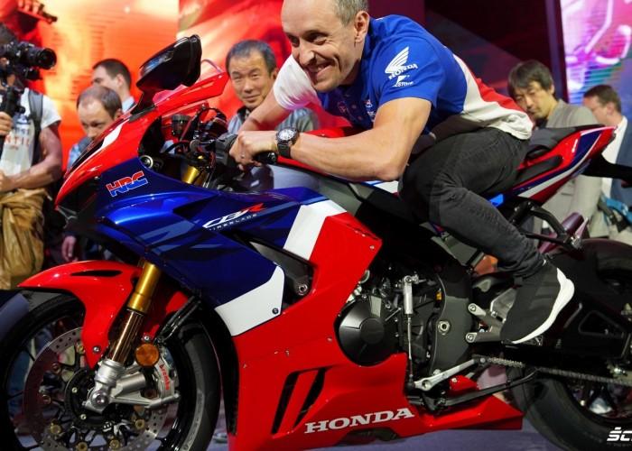 18 Honda CBR1000RR R EICMA 2019 widz