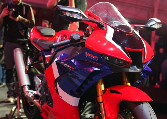 30 Honda CBR1000RR R EICMA 2019 2