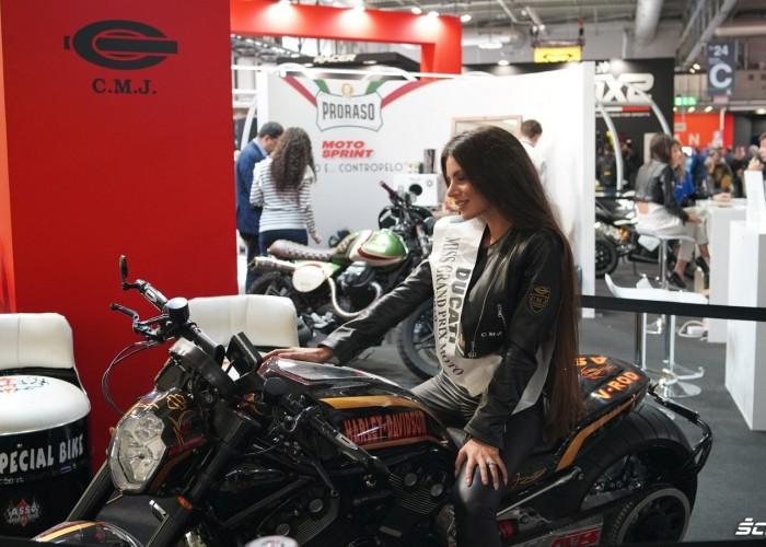 Miss Ducati HD V Rod EICMA 2019