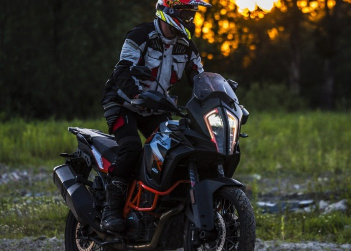 KTM Super Adventure R offroad 10