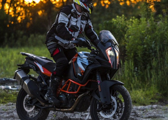 KTM Super Adventure R offroad 12