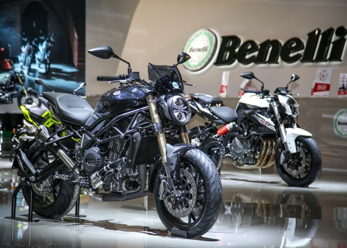 Benelli naked