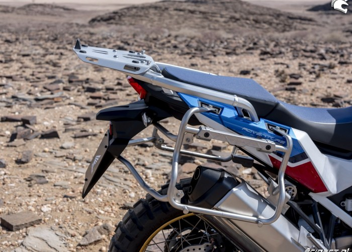 africa twin 1100 adventure sports stelaz pod kufry