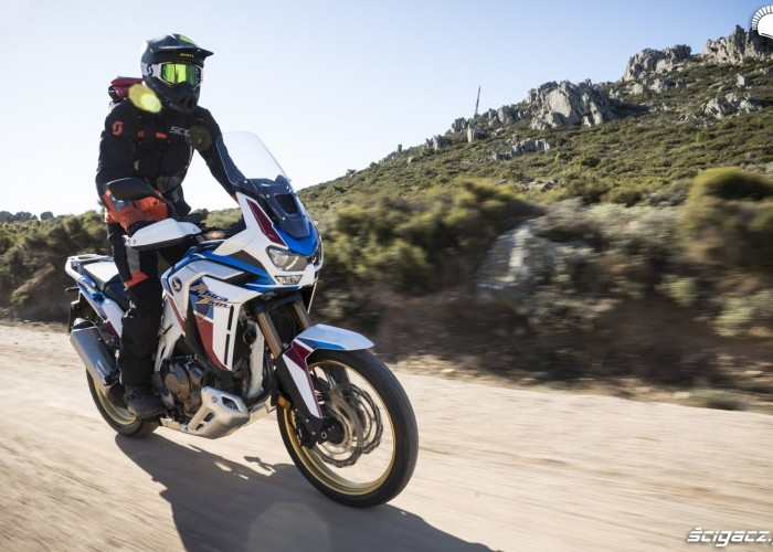 honda africa twin 1100 adventure sports kask scott