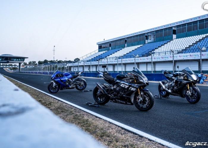 016 Yamaha R1 i R1 M 2020 statyka