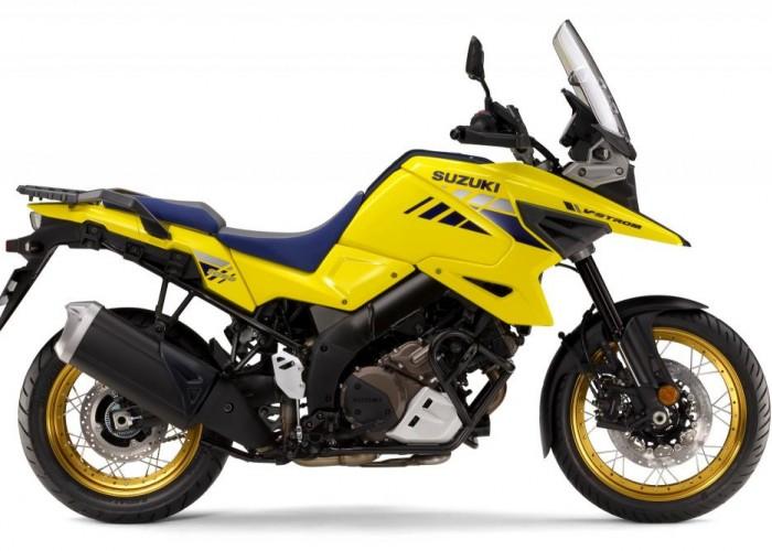 2020 Suzuki V Strom 1050 prawy studio