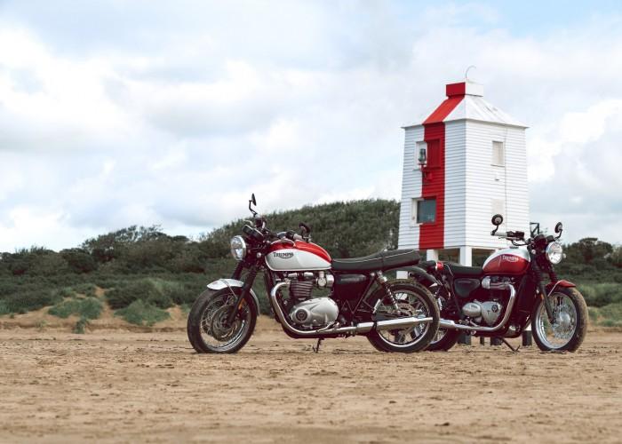 Triumph Bonneville Bud Ekins dwa moto