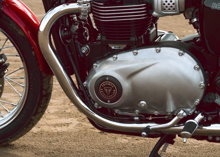 Triumph Bonneville Bud Ekins silnik